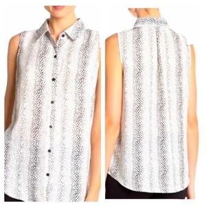 Adrianna Papell Sleeveless Button Front Blouse